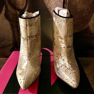 Michael Antonio Ankle Booties